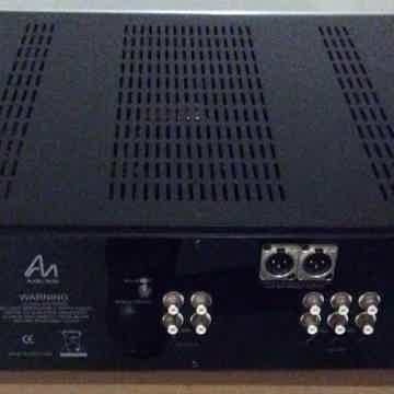 Audio Note Uk  M6 Line Balanced Preamplifier