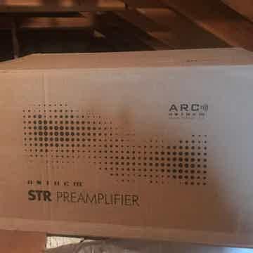Anthem STR Preamplifier/DAC