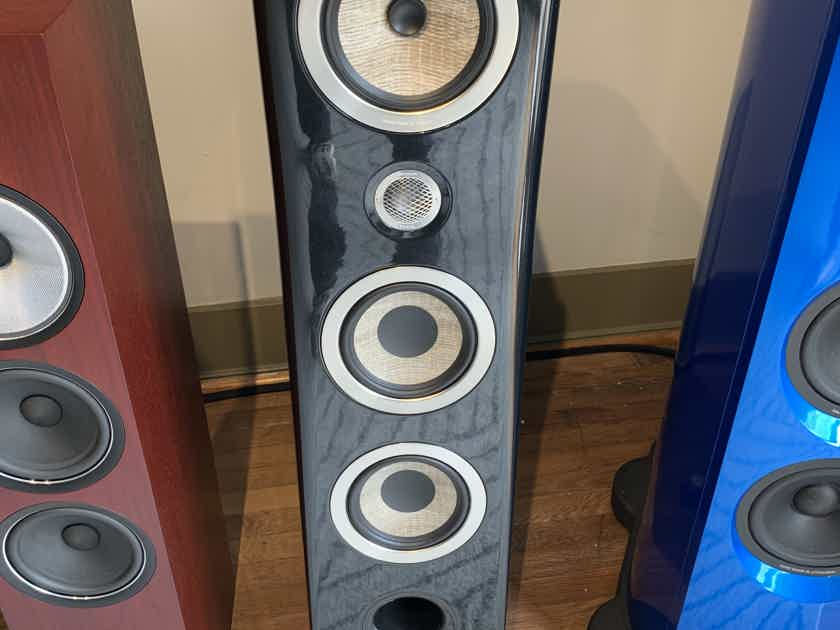 Trade in: Pair Focal Kanta 2 piano black in mint- 1 month old