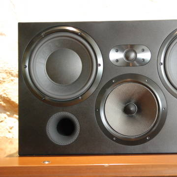 B&W (Bowers & Wilkins) CT7.3 LCRS