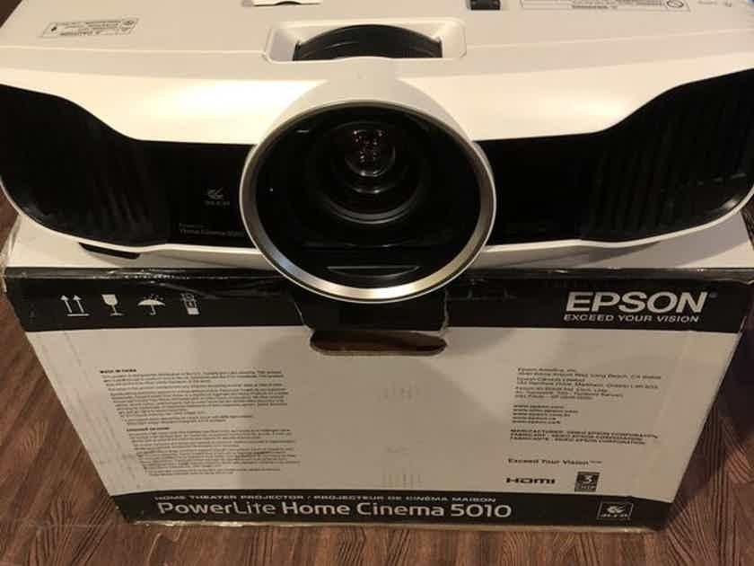Epson 5010UB