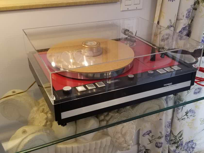 Thorens TD 126 MK II LIMITED HIGH END TURNTABLE -RESTORED AND UPGRADED !