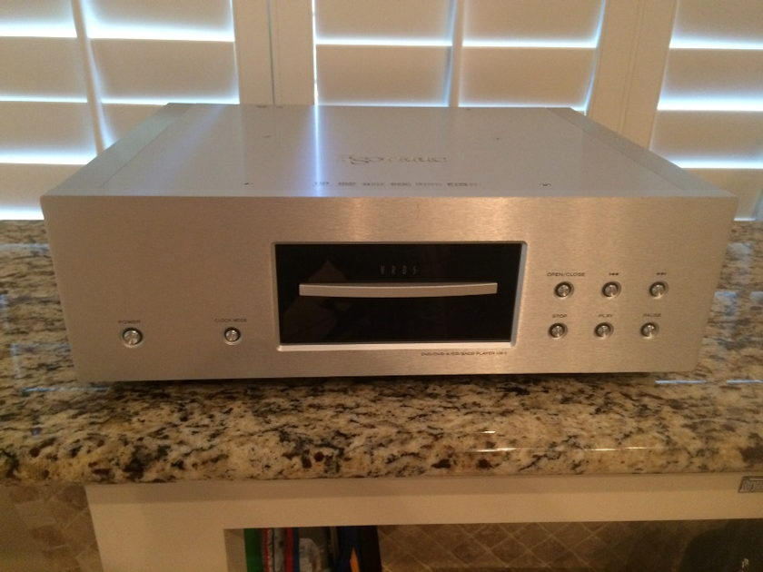 Esoteric UX-1 Super Sounding Universal Player - OWN IT!