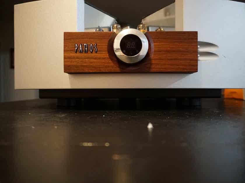 Pathos Acoustics Cinema X