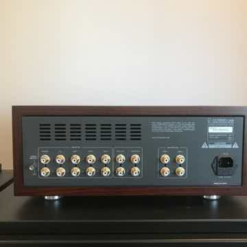 Luxman CL-38 uSE Tube Preamp
