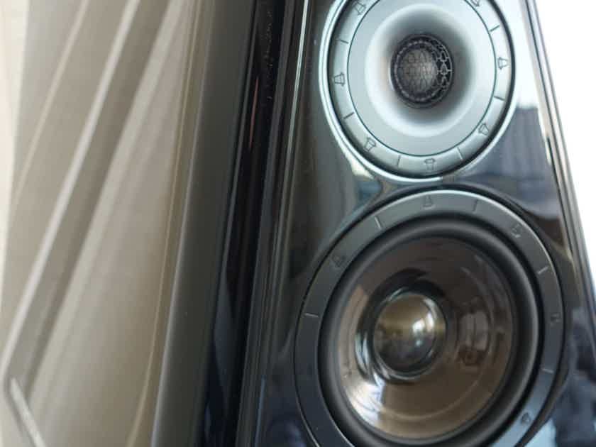 Mint - your new pair of Kharma Elegance dB11-S speakers