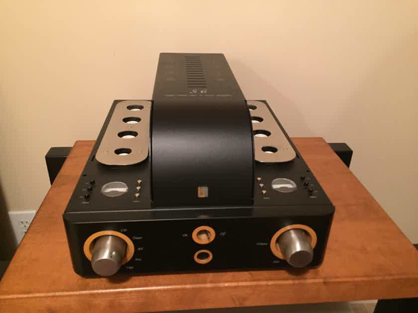 Unison Research S6 tube integrated amplifier Mint customer ...