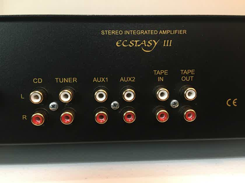 Dayens Ecstasy III  As New 100 WPC Integrated with Full Warranty