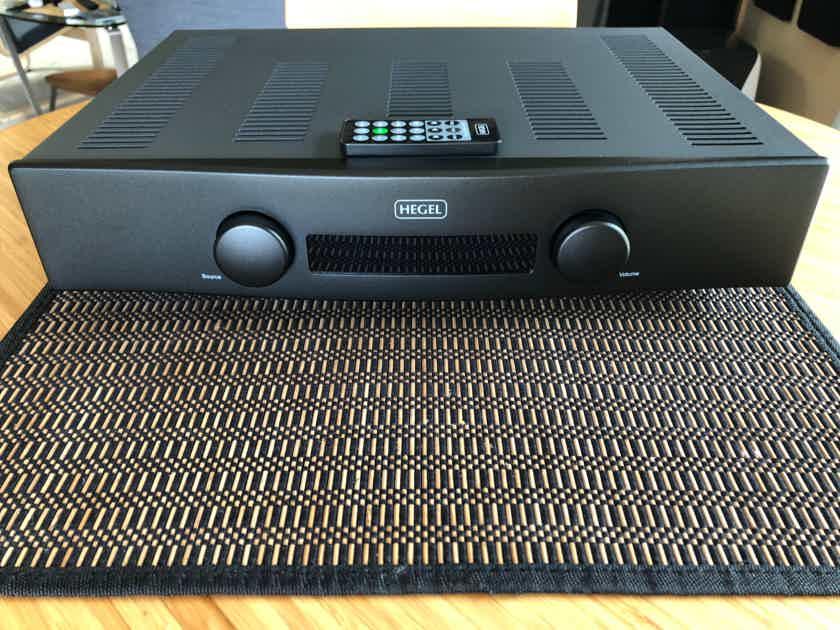 Hegel H80 Stereo Digital Integrated - Excellent