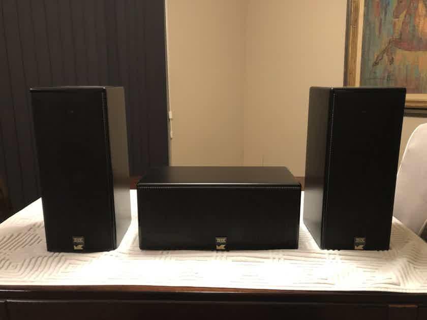 M&K LCR950 Speakers (3)