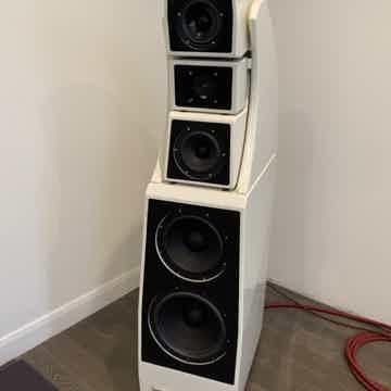Wilson Audio Alexx