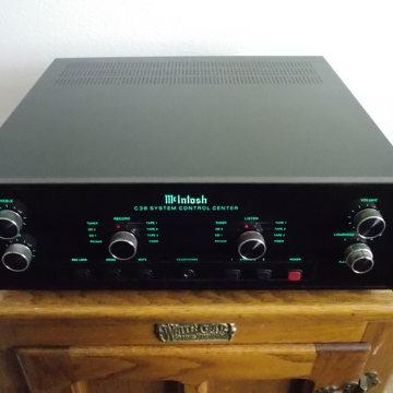 McIntosh Made In The U.S.A C38 PRE-AMP