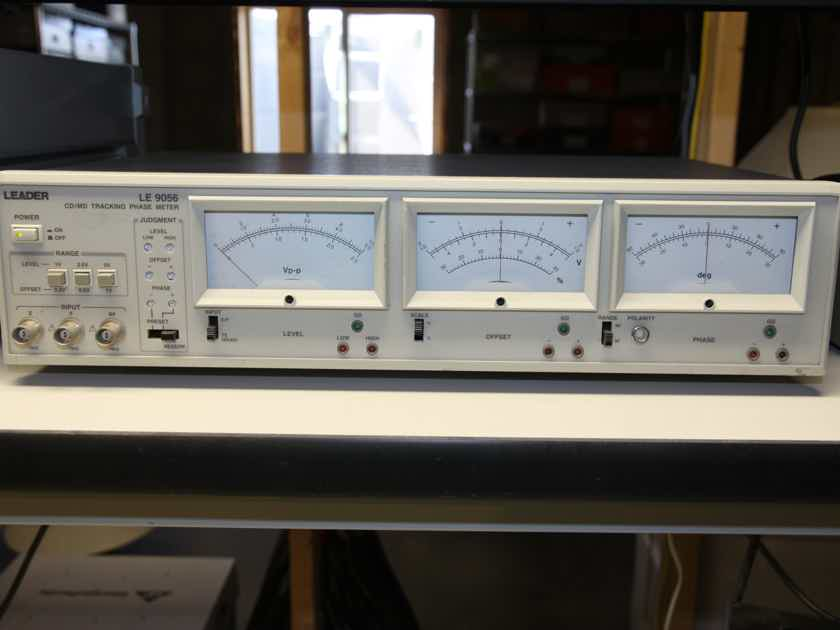 Leader LE9056 CD Tracking Phase Meter