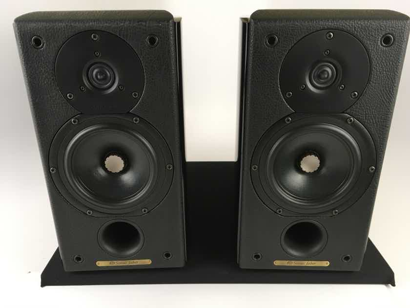 Sonus Faber Concertino Domus Speakers with Matching Stands, Gorgeous