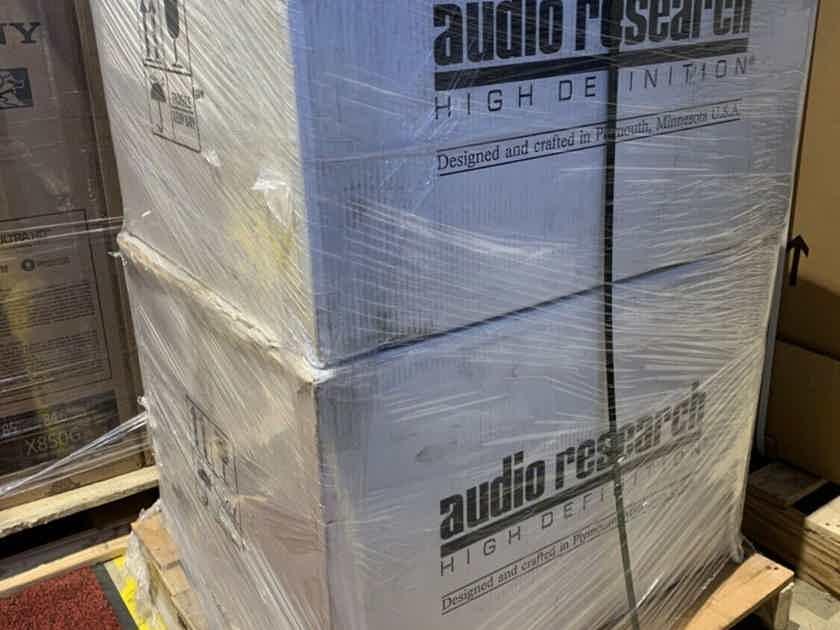 MINT Audio Research REF160M 160 M 160M Mono Amplifier PAIR Natural Silver MSRP $34,000