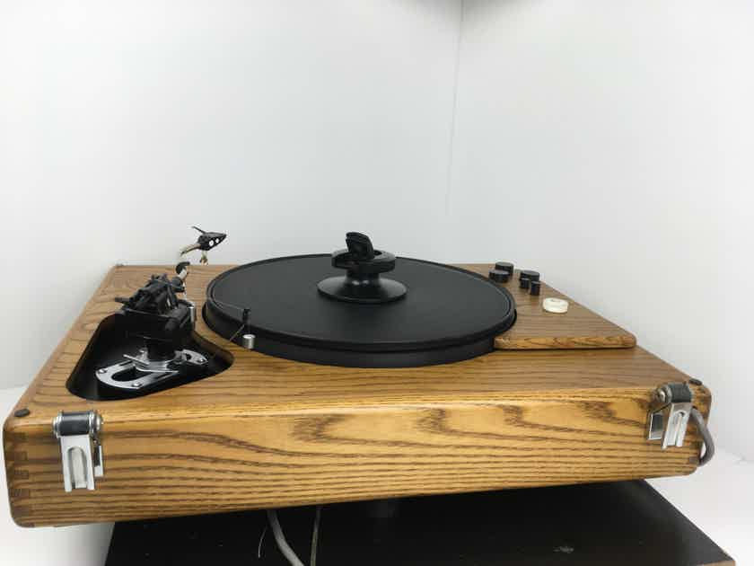 Sota Sapphire Turntable with Vacuum Platter and SME Arm