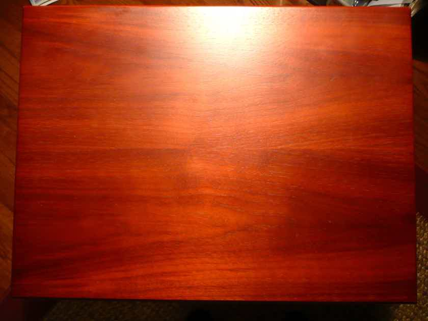 REL Storm III Subwoofer - Cherry wood Actually is ROSEWOOD - NO PayPal fee