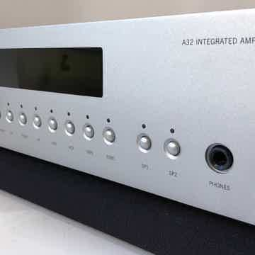 Arcam FMJ A32 Integrated Amplifier with MM/MC Phono and...