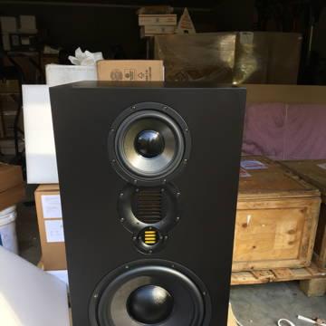 Adam S5X-V powered monitors