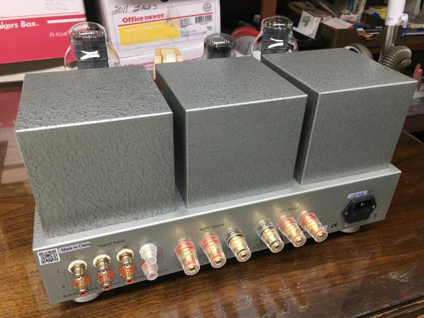 Line Magnetic LM-217IA Integrated amplifier