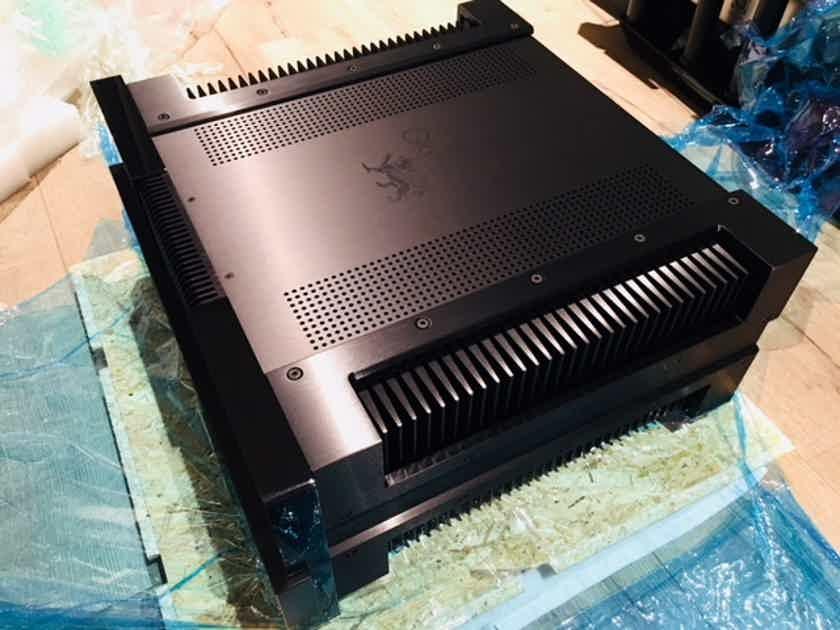 gryphon diablo 300 integrated amplifier 110 120v us version sold sold solid state. Black Bedroom Furniture Sets. Home Design Ideas