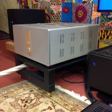 Krell 600e Evolution Mono Block Amps w/SA Amp Stands.  ...