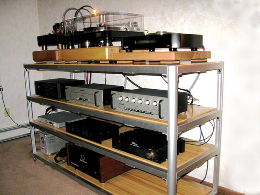 Steve Blinn Designs Gorgeous 4 Shelf Super Wide Rack easily holds 12 components audiophile reference superb performance (included no charge)