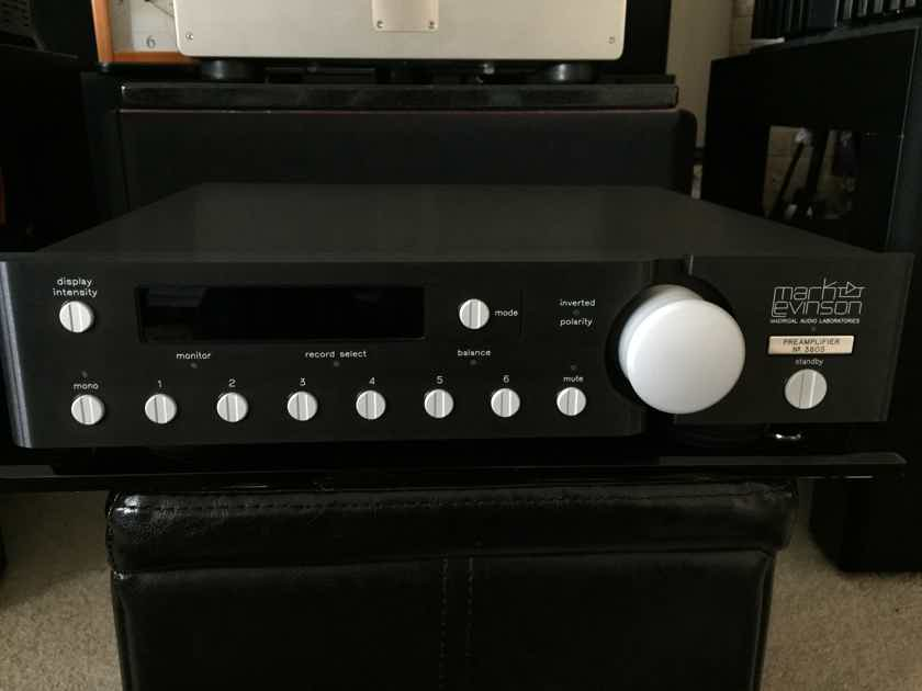 MARK LEVINSON  NO.380S PREAMPLIFIER...PRISTINE CONDITION (free shipping and paypal)