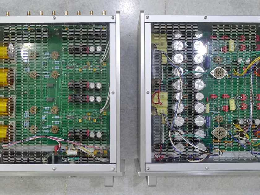 Audio Research Reference 10 line tube preamp . 220-240 (120) v. Free ship worldwide !