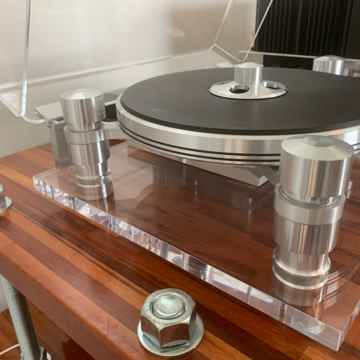 Oracle Audio Technologies Delphi mkV Turntable