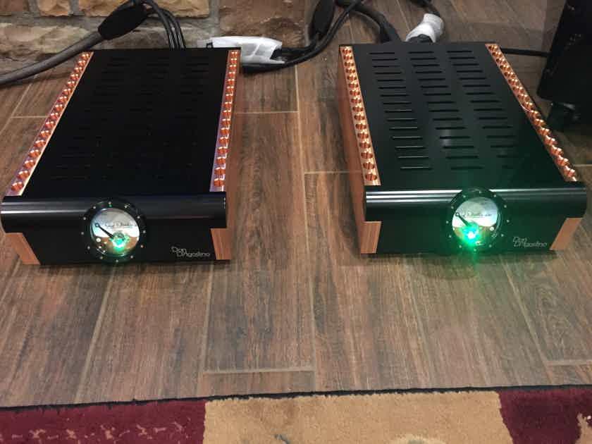 Dan D'Agostino Momentum M400 amps in black finish