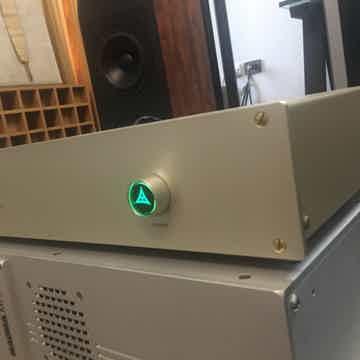 FM Acoustics Classic F-10b price include shipping world...