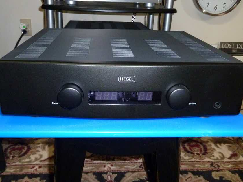 Hegel H160  Integrated Amp