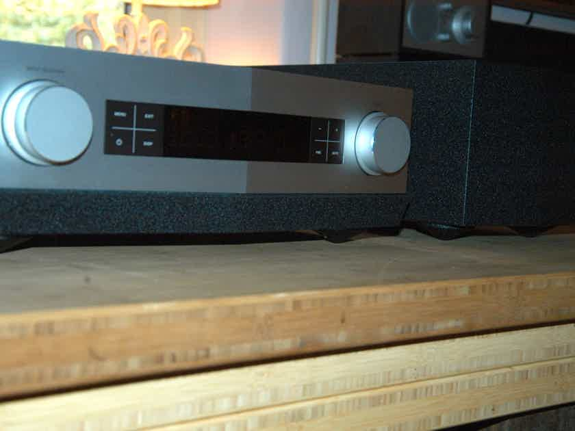 TAD C600 Preamplifier in SIlver with Power supply