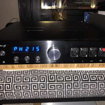 Audio GD Master 9 Headphone Amp/Preamplifier