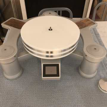 NVS Reference Turntable