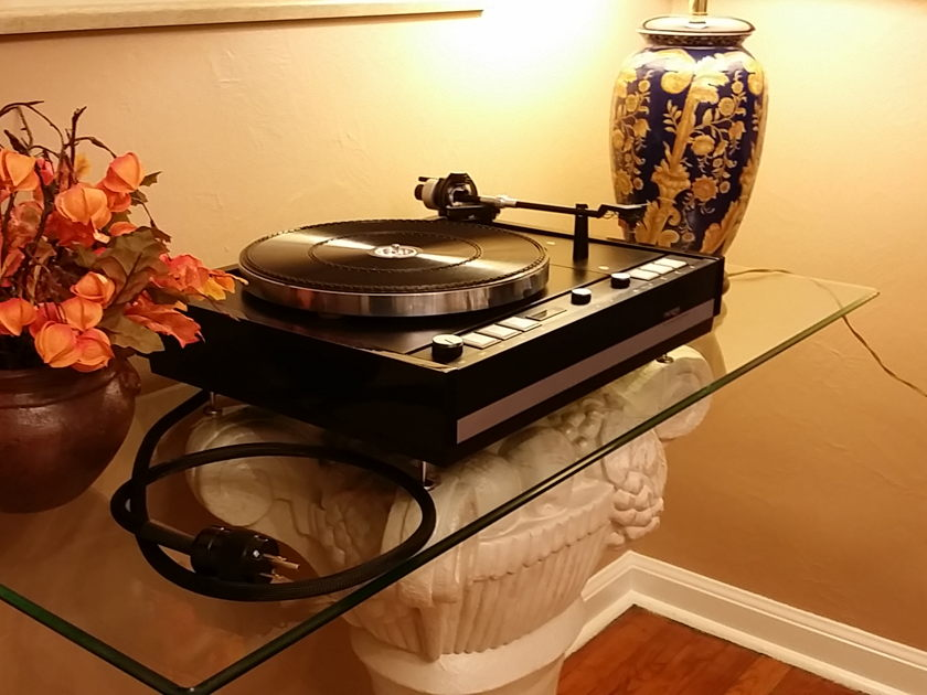 THORENS TD 126 HIGH END TURNTABLE UNIQUELY RESTORED AND UPGRADED!