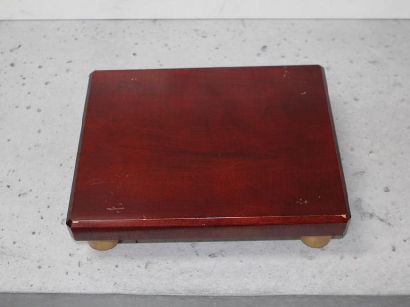 """Pair of Mapleshade 12""""x15"""" Speaker Plinths in Deep Rosewood w/ Radiused Brass Footers for Hard Floors"""