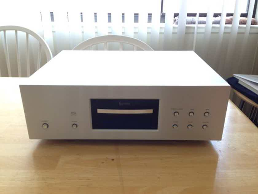 Esoteric SA-50 SACD Player + G-03x Clock Genertor