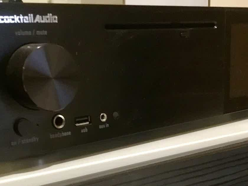 Price reduced: Cocktail Audio X40 Black DSD HD Hi-Res Music Server/ CD Ripper/ 32bit DAC/ Streamer