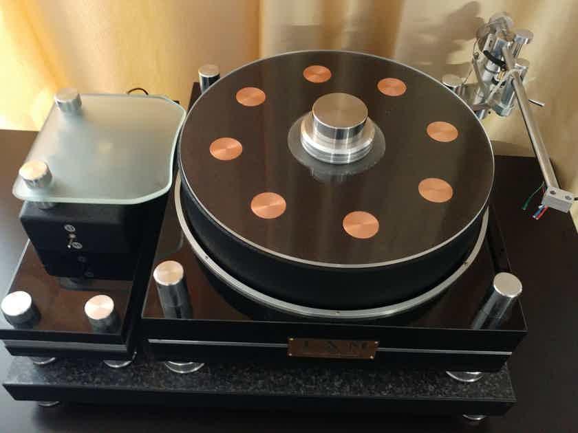 SAM (Small Audio Manufacture) Aldebaran Turntable