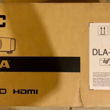 JVC JVC Procision DLA-X770RB 4K e-shift4 D-ILA Front Projector