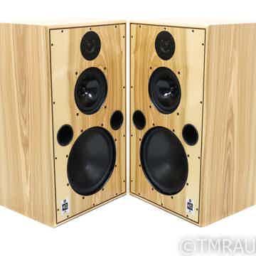 Monitor 40.3 XD Floorstanding Speakers