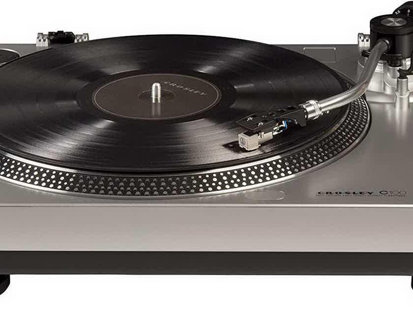 Crosley Radio C100 turntable silver as new