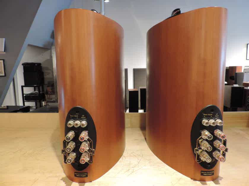KEF Reference 201 Serial Matched Pair w/ Original Boxes & Manual