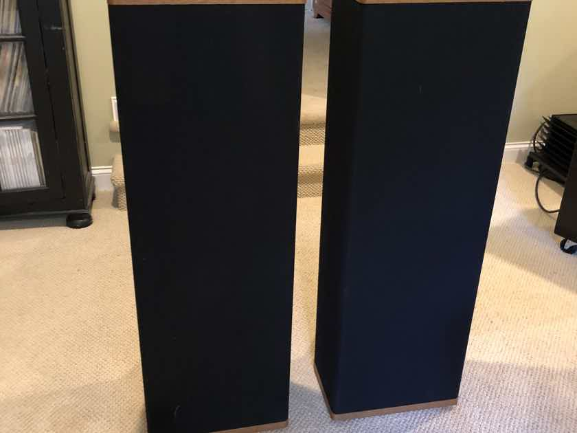 Vandersteen 3A Signature speakers - east coast and pristine