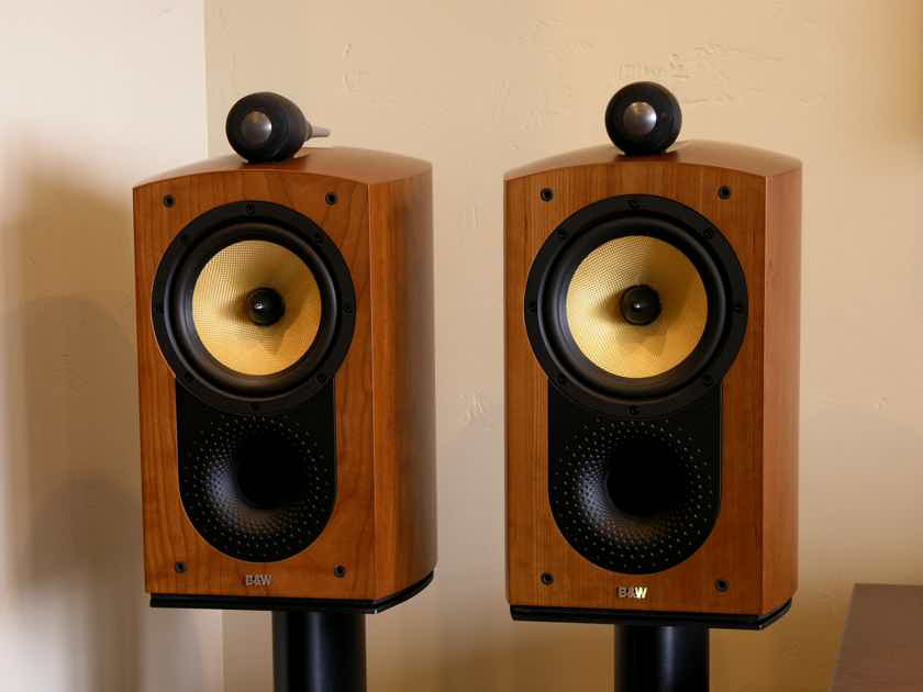 b w bowers wilkins nautilus 805 monitors audiogon. Black Bedroom Furniture Sets. Home Design Ideas