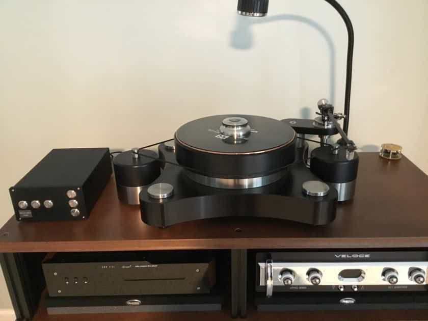 """TW Acoustic Raven AC-3 with Brand New Raven 12"""" Tonearm  With Extras"""