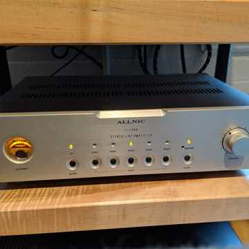 Allnic Audio L1500 Tube Line Stage Preamplifier