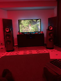 Ayre 5 Series / Transparent / Bowers and Wilkins